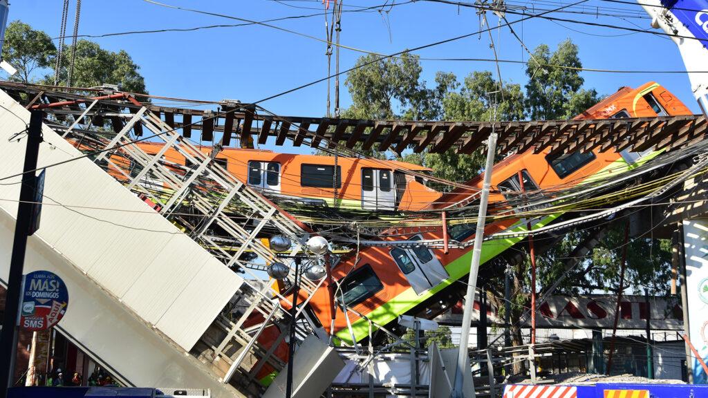 Colapso de tren en la Línea 12 del metro de la CDMX