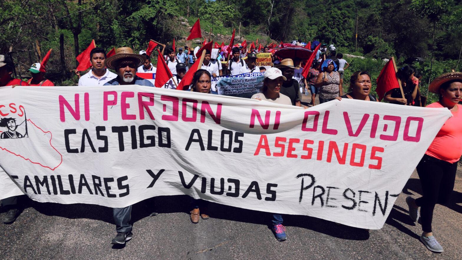Manifestación por la Masacre de Aguas Blancas, Guerrero