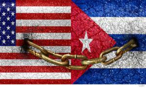 bandera de Cuba y Estados Unidos encadenadas