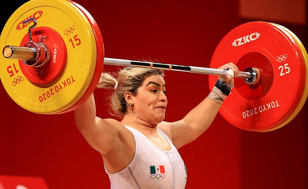 Aremi Fuentes, bronce en halterofilia en Juegos Olímpicos