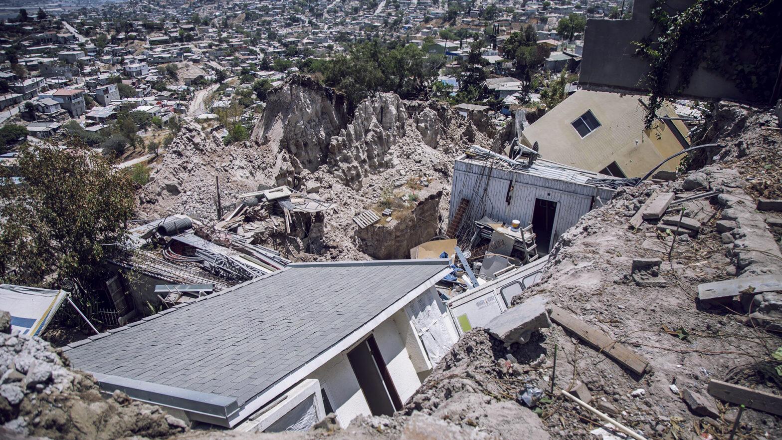 deslizamientos y derrumbes en Tijuana